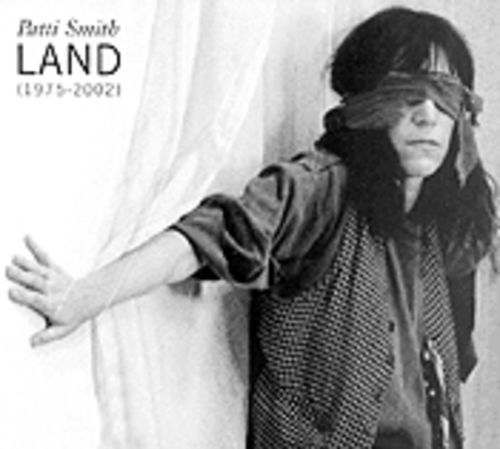Patti Smith feels her way through a quarter-century of non-hits.