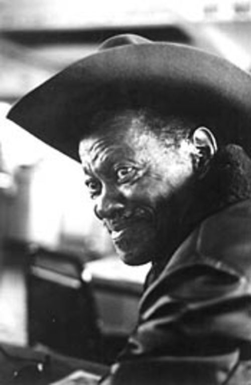 "There�s some boogie left in Clarence ""Gatemouth""  Brown�s gait."