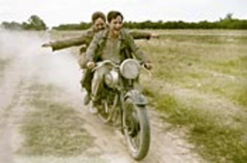 Che (Gael García Bernal, right) and Alberto (Rodrigo de la Serna) cruise atop La Poderosa, or the Mighty One.