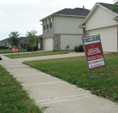 The Bear Creek Meadows subdivision in northwest Houston has been hard hit by foreclosures.