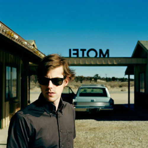 Jack's Mannequin: Traces of California pop, glam rock and Tom Petty.