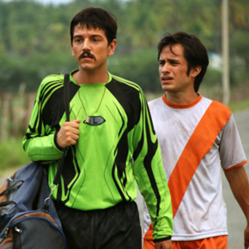 Brothers and rivals: Rudo (Diego Luna) and Cursi (Gael García Bernal).