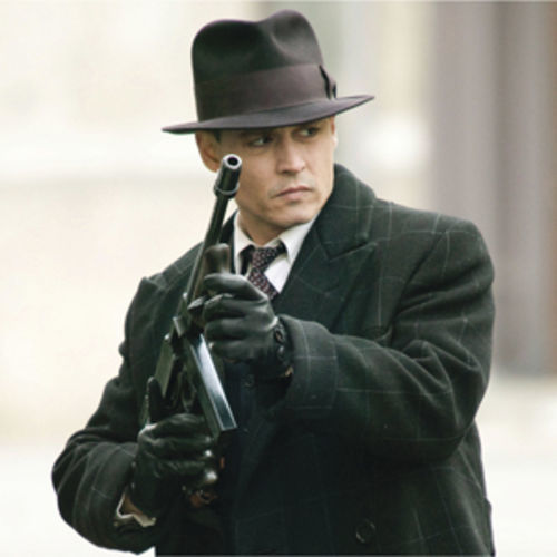 Johnny Depp is superb as Dillinger.