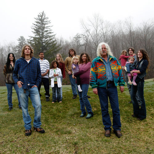 White-haired Arlo leads the Guthrie clan's rambling revue honoring patriarch Woody.