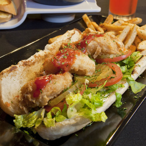 Purists will love the shrimp po-boy.
