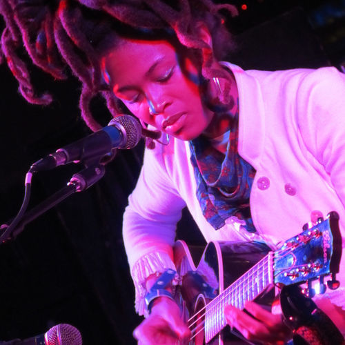Valerie June's sweet Southern lilt touched on indie-rock, soul and even country at SXSW.