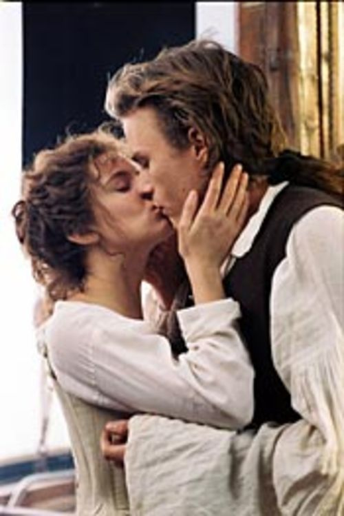 Casanova (Heath Ledger) has hetero sex with women  (here, Sienna Miller).