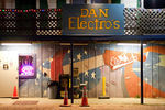 Dan Electro&#039;s Guitar Bar
