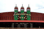 Cinemark Tinseltown USA 15
