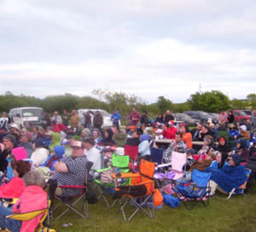 The turnout at the Stingaree Music Festival was pretty good � it was just the weather that was lousy.