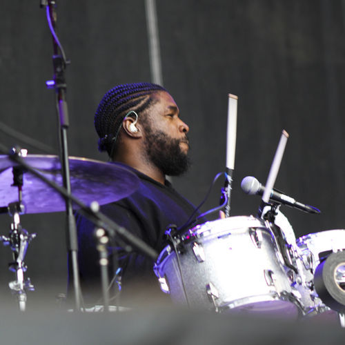 ACL Music Festival: Questlove and the Roots paid tribute to late Beastie Boys rapper MCA to start their set Saturday.