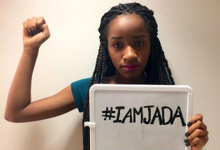Striking Back at #Jadapose Hashtag