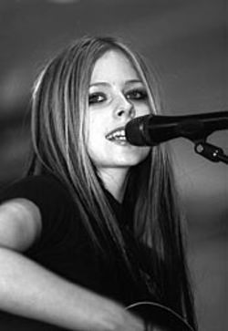 …while Avril would love to see the end of this tour.