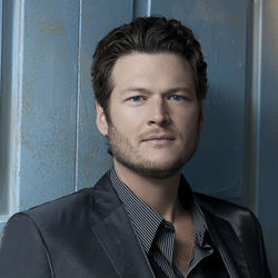 Blake Shelton's gig on NBC's The Voice should lead to a packed rodeo house at Reliant Stadium.