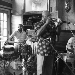 "L-R: Houston musicians Al Campbell, Clyde Adams and George ""DT"" Thomas played an August 23 open jam at Cafe 4212 as part of KTSU's programming to recognize August as jazz month."
