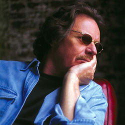 "Delbert McClinton rips the ""Lone Star Blues."""