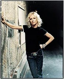 Shelby Lynne is acutely affecting.
