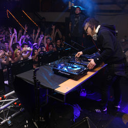 Skrillex&#039;s performance at Austin&#039;s Mohawk during SXSW last month literally had people climbing the walls. The DJ has become a controversial figure among older dubstep fans, who see his style as overly aggressive and commercial.