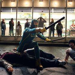 The video of Kick-Ass (Aaron Johnson) goes viral.