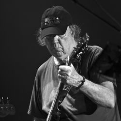 Neil Young sported a sweet Willie Nelson cap at this year&#039;s ACL Fest.