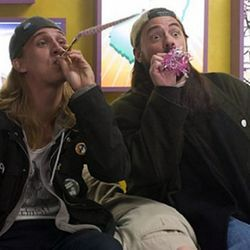 Jay and Silent Bob (Jason Mewes and Kevin Smith) are still dealing dope in the parking lot.