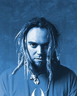 Max Cavalera: Up from the &quot;grave&quot; and soaring with Soulfly.