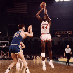 UH's Elvin Hayes showed the college basketball world who was boss. That night, anyway.