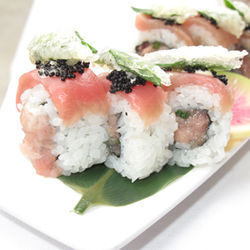 The &quot;toro crunch&quot; roll at Soma is packed with tuna flavors.