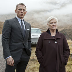 Bond and his adviser: Daniel Craig and Judi Dench.