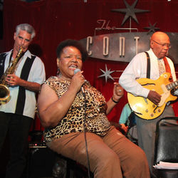 Jewel Brown and Milton Hopkins (right) released their eponymous new Dialtone CD with a Continental Club matinee Memorial Day weeked.