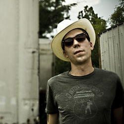 Justin Townes Earle adds a layer of complexity on his soulful new album.