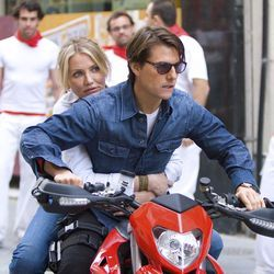 The film alternates between wan banter between Cameron Diaz and Tom Cruise and incoherent gunfights.
