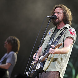 "Pearl Jam built a ""State of Love and Trust"" tens of thousands of people strong Sunday night."