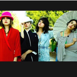 Warpaint stroll into Houston New Year&#039;s Eve for the fourth time in 2010.
