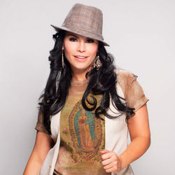 Olga Ta&amp;ntilde;on: A major force in tropical pop.