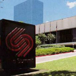 Now Lakewood Church, the Summit in Greenway Plaza hosted concerts from The Who in November 1975 to ZZ Top 28 years later.