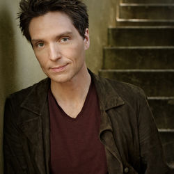 Richard Marx will be right there at the Arena Theatre.