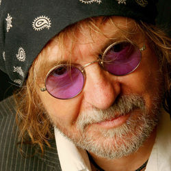 Texas legend Ray Wylie Hubbard tells it like it is on The Grifter's Hymnal.