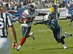 Texan Andre Johnson stiffs the Titans.