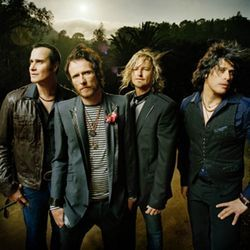 Stone Temple Pilots are back together, for the time being anyway.