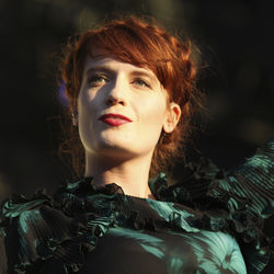 ACL Music Festival: Florence & the Machine's Florence Welch ran around the stage and jumped into the crowd during her ACL set Friday.
