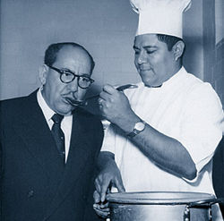 Felix Tijerina samples the chili gravy.