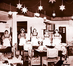 Waitresses at Palmetto Inn's South Padre Island location.