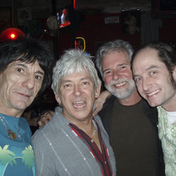 ... and the Rolling Stones&#039;  Ron Wood (left) and Small Faces/Faces&#039; Ian McLagan (next to Wood).