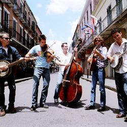 Old Crow Medicine Show keeps pickin' on Nashville on Tennessee Pusher.