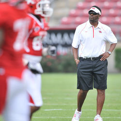 In 2008 under first-year head coach Kevin Sumlin, Case and UH beat Air Force in the Armed Forces Bowl &amp;mdash; the school&#039;s first bowl win in 28 years.