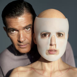 Doctor and patient: Antonio Banderas and Elena Anaya.