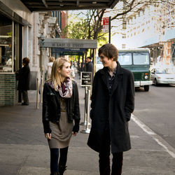 The film (with Emma Roberts and Freddie Highmore) is inoffensive and timid.