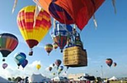 Your weekend will be full of hot air at the Ballunar 