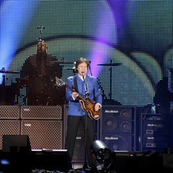 Paul McCartney played 37 songs at Minute Maid.